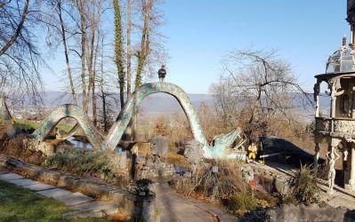Im Skulpturenpark Bruno Weber Spreitenbach